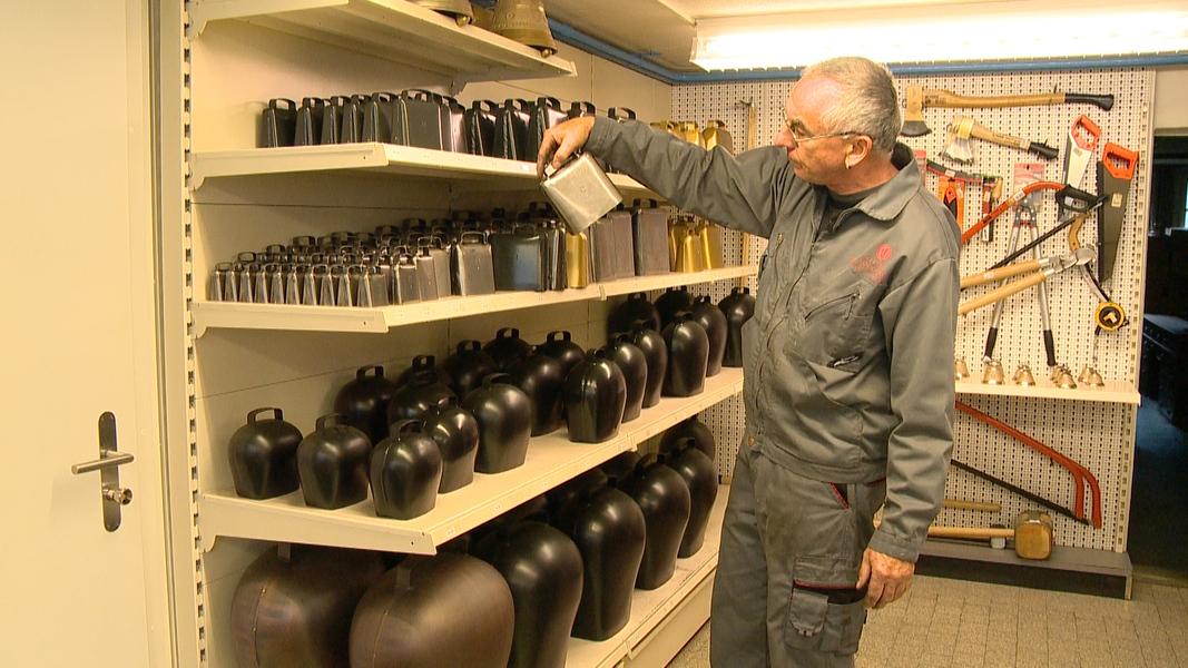 Telez ri z riserie traditionelle berufe der pfeifenmacher for Berufe in der schweiz