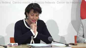 Energieministerin Doris Leuthard erklärt, um was es bei der Energiestrategie geht