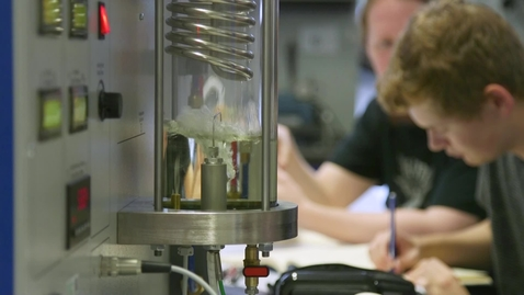 Thumbnail for entry What happens in a 1st year Thermodynamics Lab?