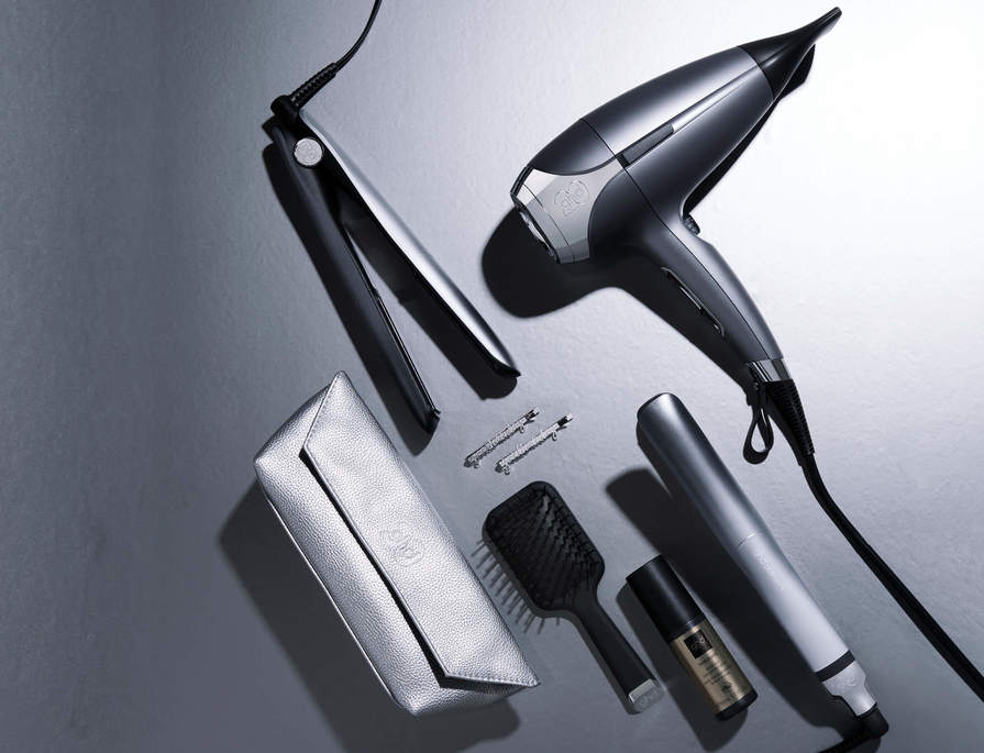 RECEIVE A FREE GIFT WORTH £30 WITH SELECTED HEATED STYLING TOOLS*