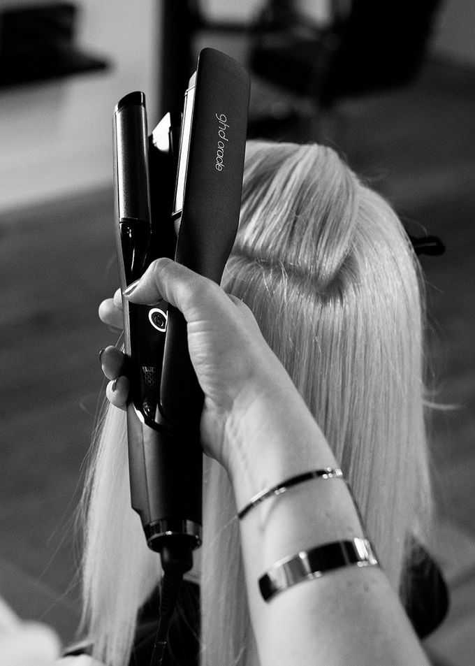 Behind the scenes with ghd, relaxing backstage