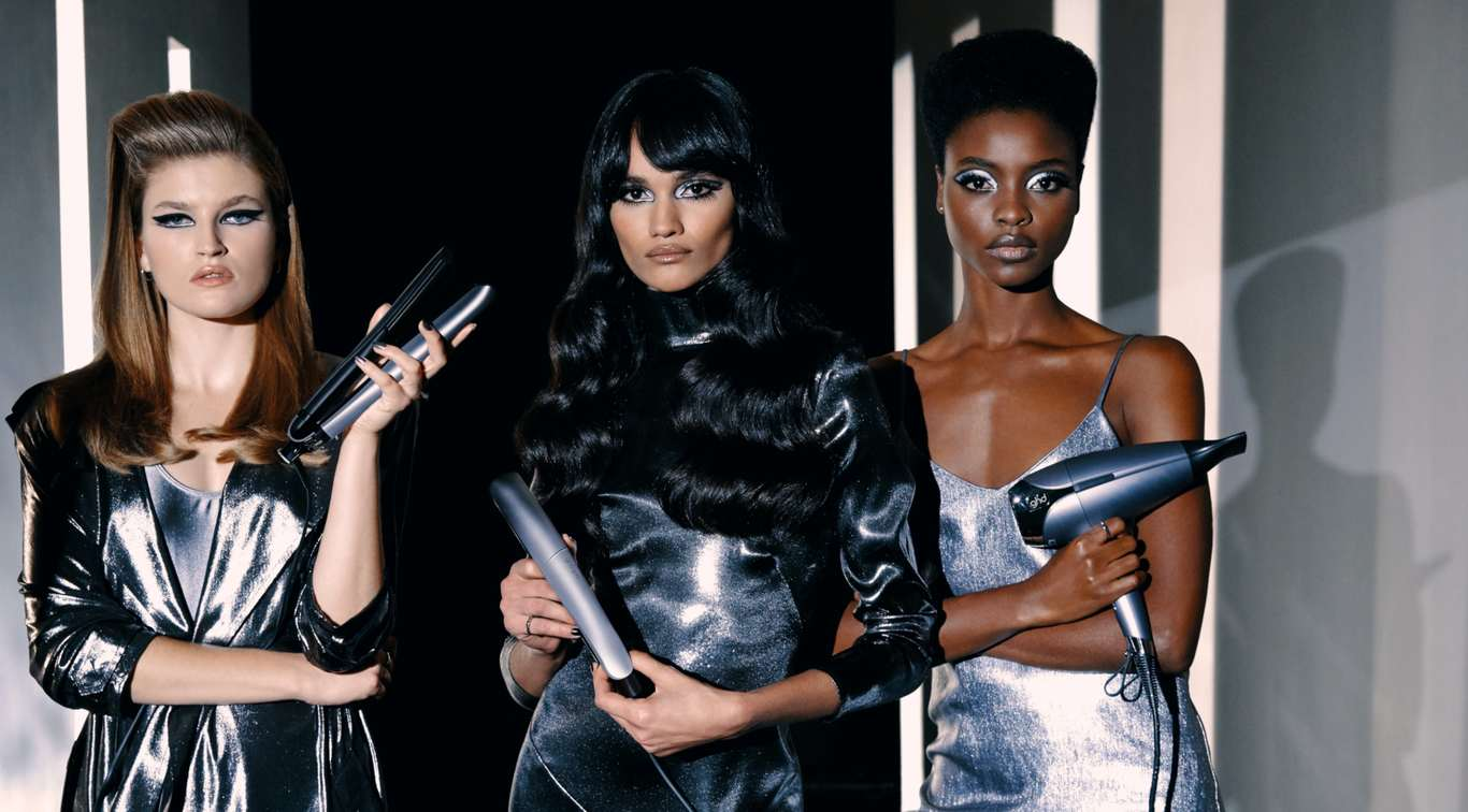 Celebrate 20 years of good hair days as we mark our 20th anniversary with the NEW limited edition couture collection - featuring the ghd platinum+, ghd gold, ghd helios and award winning styling products.