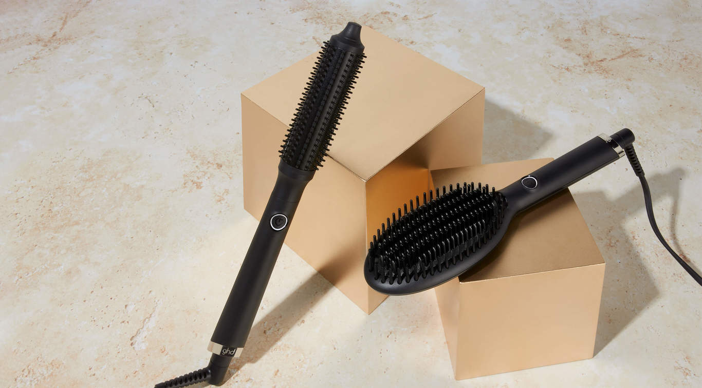 Here's everything you need to know about *the* tool for big hair energy: ghd rise, and the brush that broke the internet: ghd glide. For second day straightening, or a post-workout touch up… enter: the ghd glide; the best tool for quick smoothing and styling. For ultimate volume and glam curls, the ghd rise is the multi-award winning brush EVERYONE is talking about.